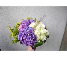 Buchet trandafiri, hortensii,solidago BO17